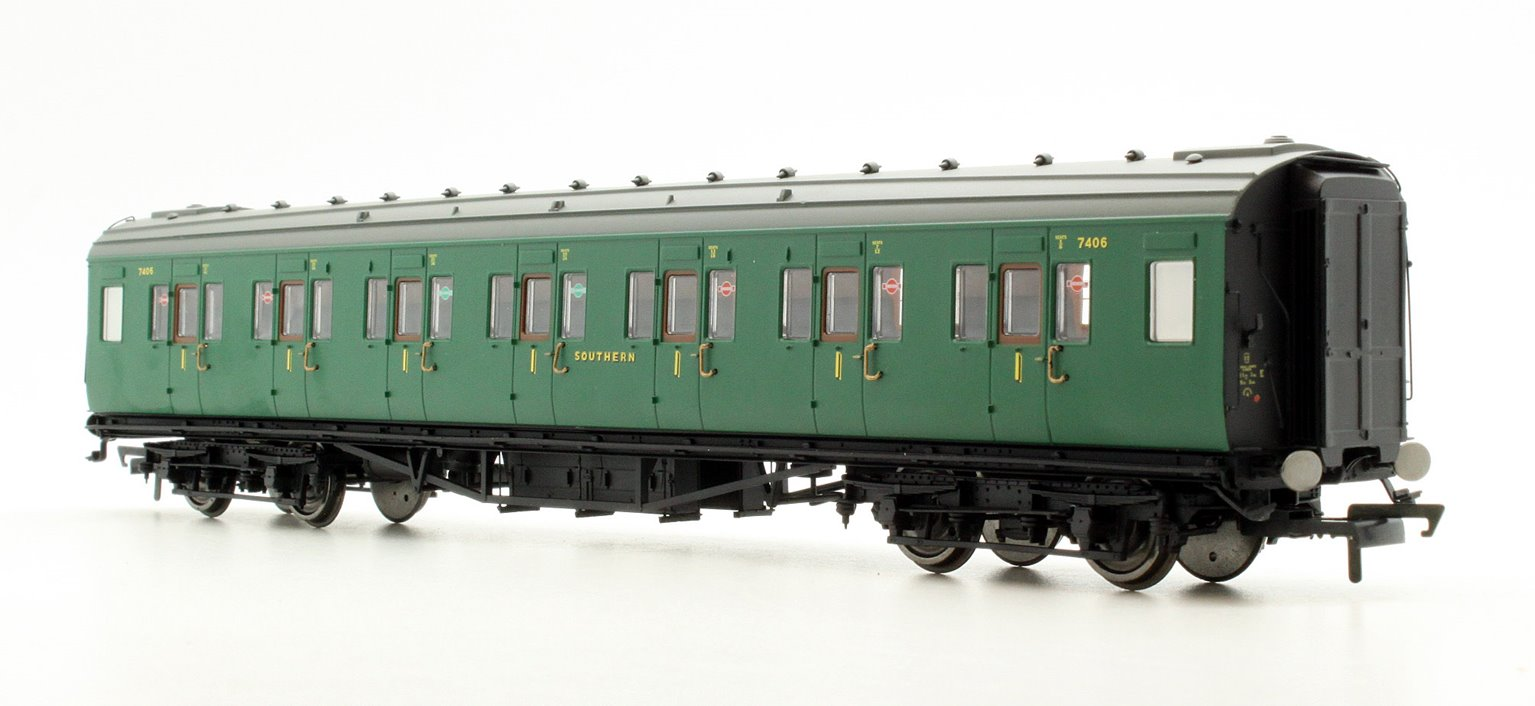 SR Maunsell Corridor First Class Coach No.7406
