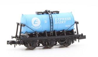 Dapol 2F-031-012 6 Wheel Milk Tanker Express Dairy 'E'