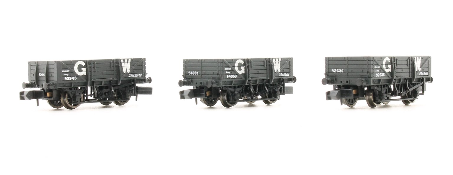 Triple Pack China Clay Wagons GWR Grey (without Hoods)