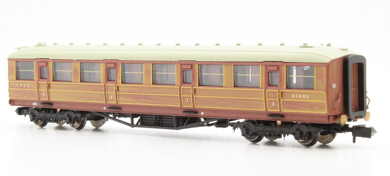 Gresley Coach LNER Teak 1st Class 31865
