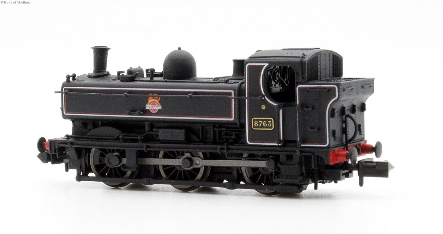 Class 57xx Pannier 0-6-0PT 8763 in BR lined black with early crest and later cab