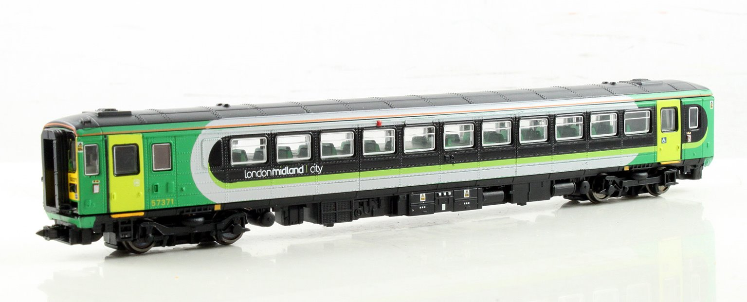 Class 153 371 London Midland Diesel Locomotive