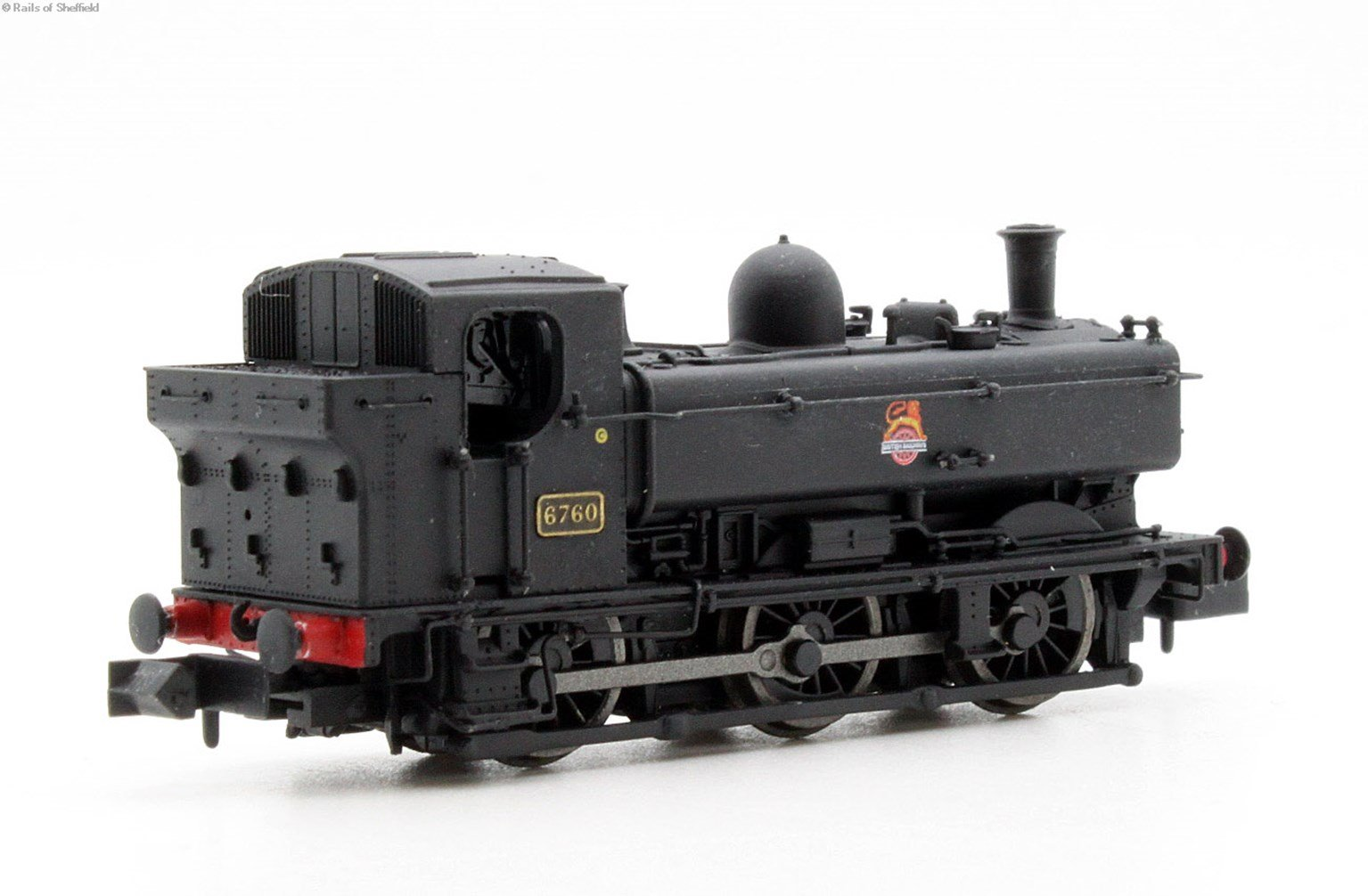 Class 57xx Pannier 0-6-0PT 6760 in BR black with early crest and later cab