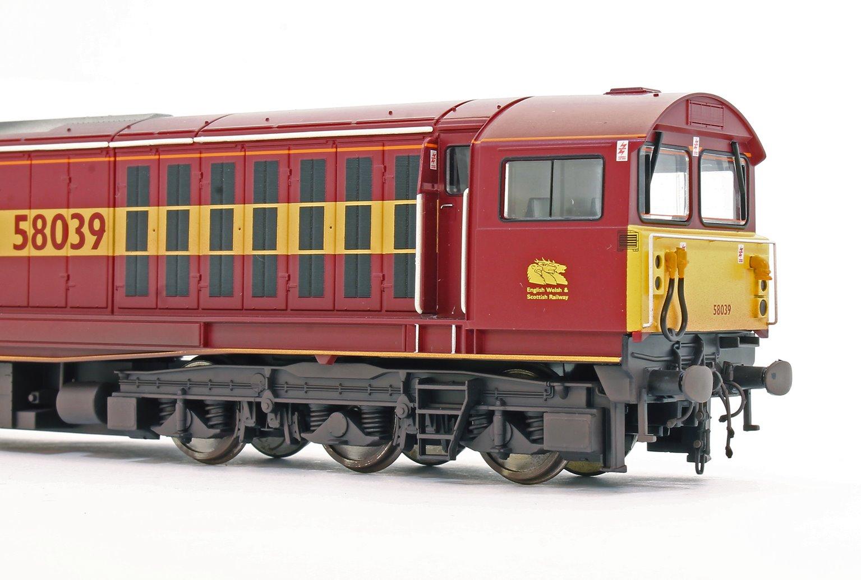 Class 58 58039 EWS Livery Diesel Locomotive (Weathered Edition)