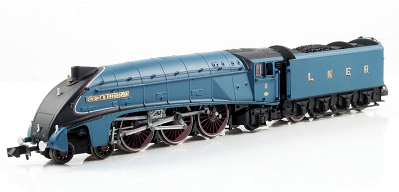 Class A4 'Dwight D Eisenhower' LNER Garter Blue #8 4-6-2 Locomotive