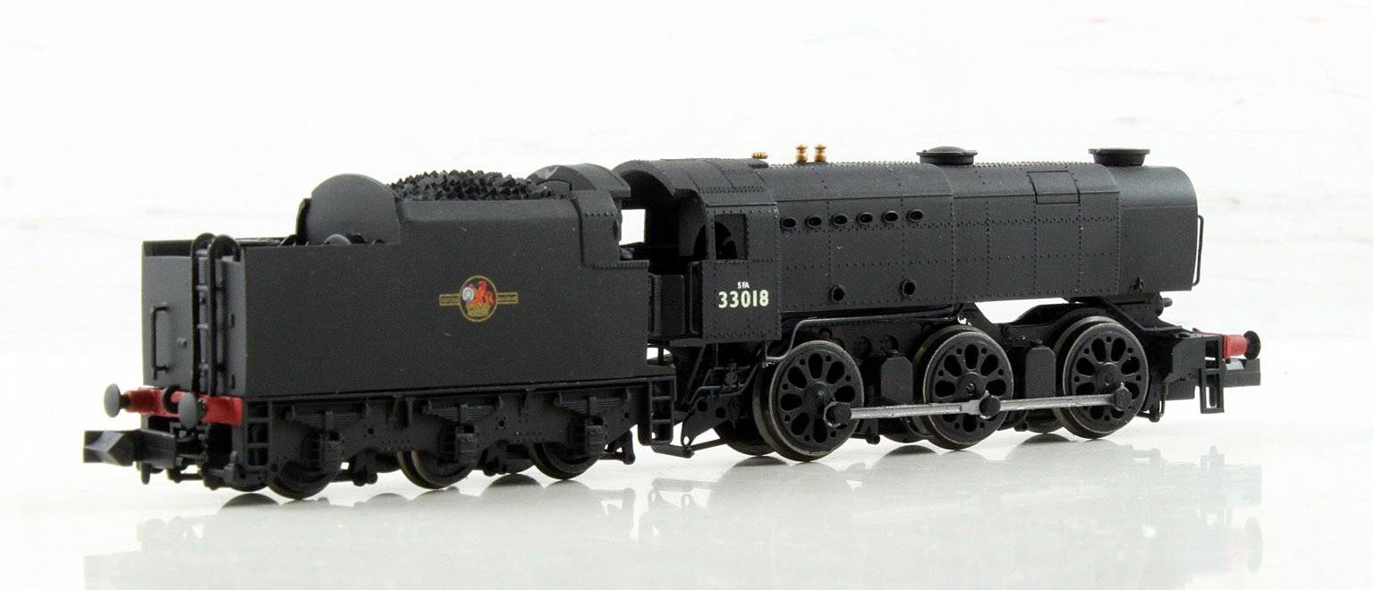 Class Q1 0-6-0 33018 in BR black with late crest