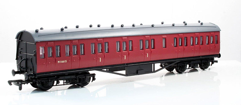 57ft Stanier Non Corridor Composite Coach BR Carmine Unlined #M16615