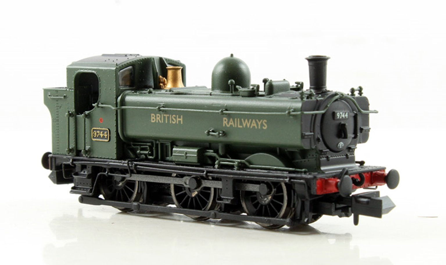 Class 57xx Pannier 0-6-0 #9744 In 'British Railways' Green livery