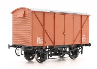 Dapol 7F-056-005 BR Standard Plywood Van Diag.213 Bauxite B766400