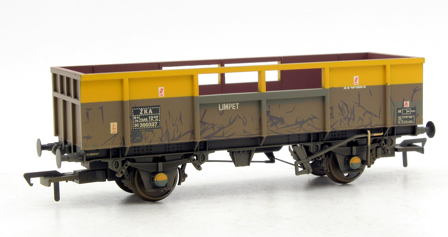34T Limpet ZKA Wagon BR Departmental Weathered