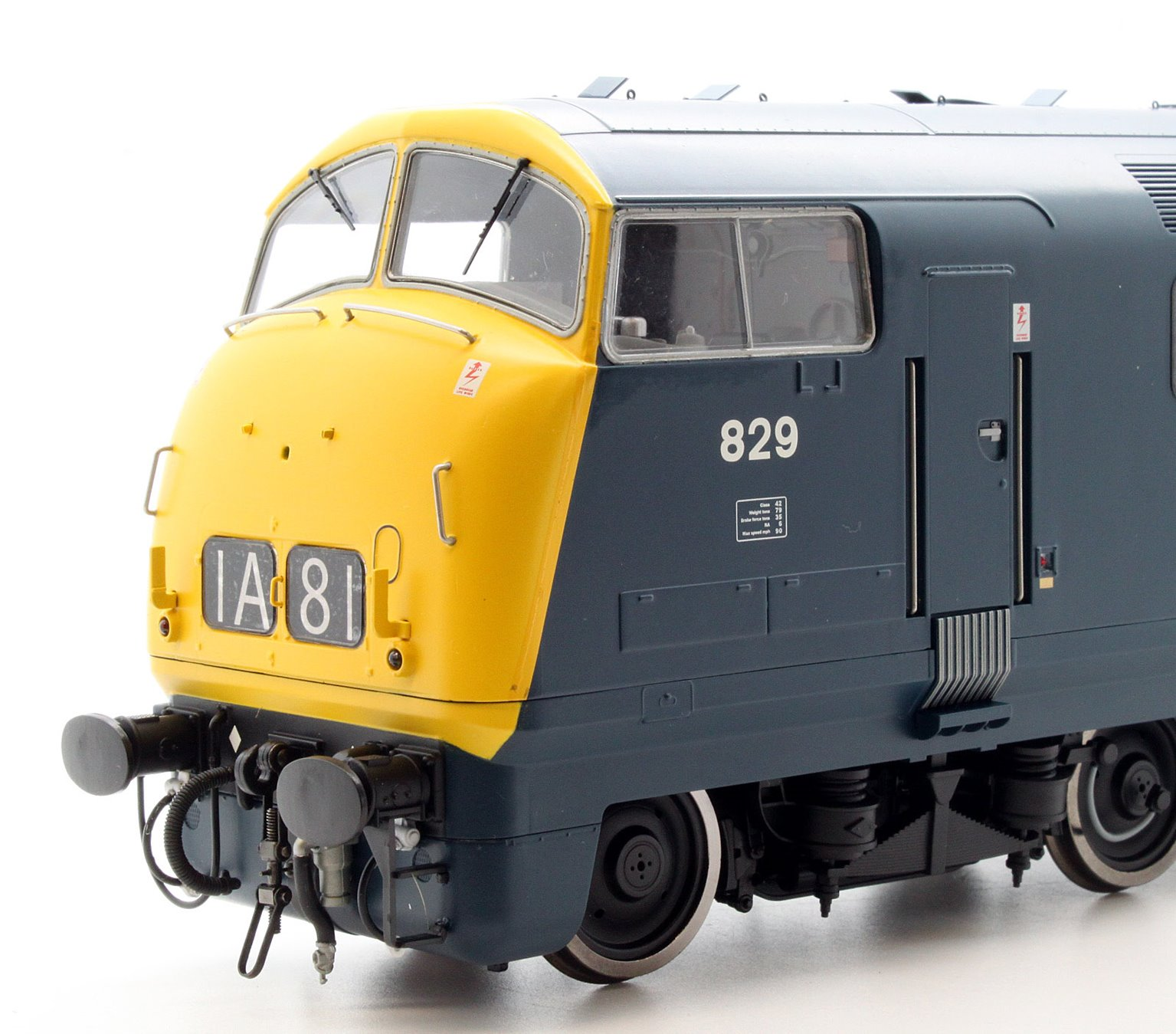 Class 42 Warship 829 'MAGPIE' in Blue with Full Yellow Ends and Centrally Placed Double Arrow Symbols