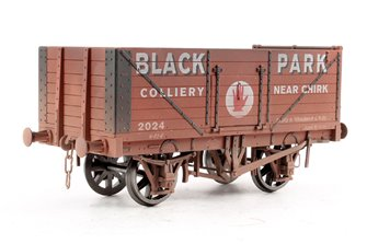 7 Plank black park chirk - Weathered