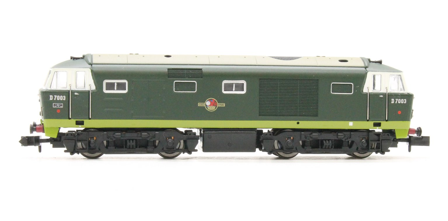 Hymek D7003 Two Tone Green BR Late Crest