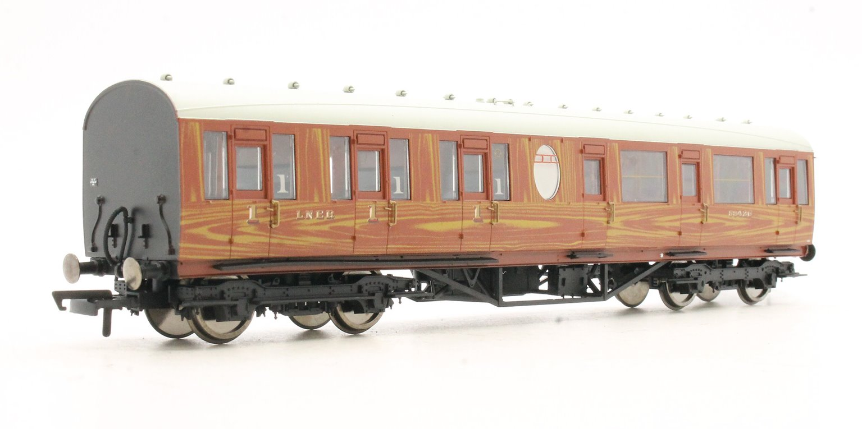LNER Thompson Non-corridor (Lavatory) Composite Coach, Teak '88426'
