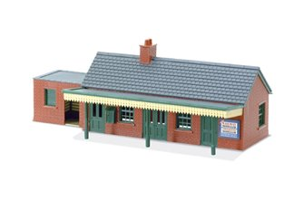 LK12 Lineside Kit - Country Station Building, brick type
