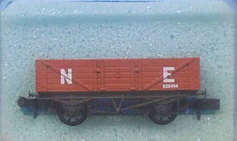 5 Plank Open LNER Red