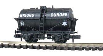 Briggs Dundee Tank Wagon No.38
