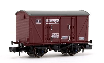 BR Maroon (Pristine) Railfreight VEA Munitions Van #230019