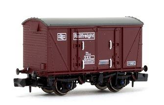 BR Maroon (Pristine) Railfreight VEA Munitions Van #230026