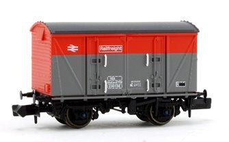 BR Railfreight Red/Grey (Pristine) VEA Munitions Van #230156