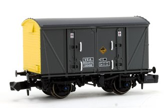 Railfreight Distribution Grey/Yellow (Pristine) VEA Munitions Van #230498