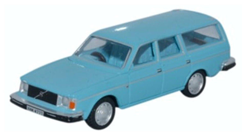 Volvo 245 Estate Light Blue