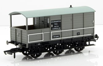 Toad Brake Van BR 6 Wheel Plated Wolverhampton 56962