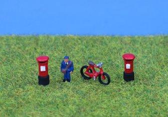 PDX49 P&D Marsh N Gauge Painted Postman Bike & Postboxes