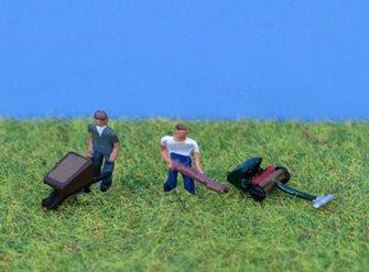 PDX54 P&D Marsh N Gauge Painted Lawnmower & Wheelbarrow