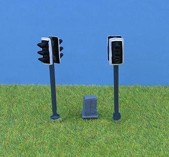 PDZ46 P&D Marsh OO Gauge Modern Traffic Light - Double Head