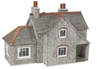 PN157 N SCALE GRANGE HOUSE