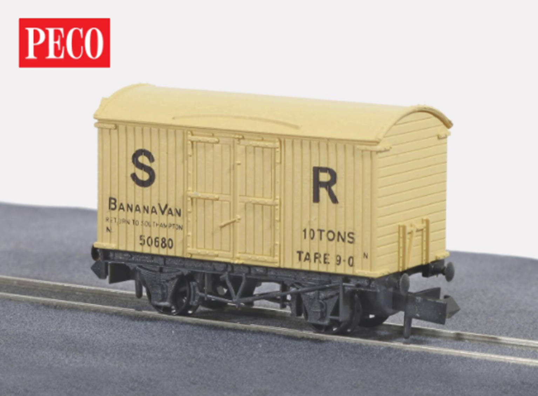 Banana Box Van, SR Cream