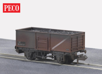 BR Butterley steel coal wagon in Bauxite (Weathered)