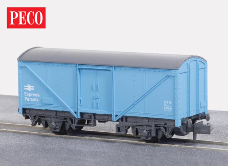 Parcels Van, BR light blue, 15ft Wheelbase