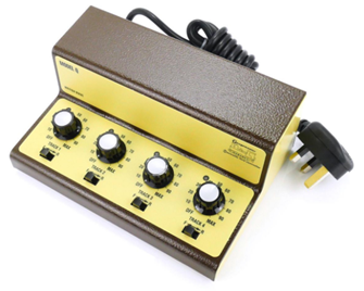 Gaugemaster Q Four Track Cased Controller