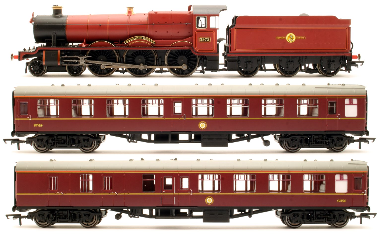 R1234 Harry Potter Hogwarts Express Train Set (OO Gauge) by