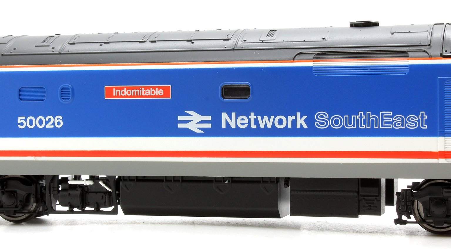 Class 50 026 'Indomitable' Network South East NSE Co-Co Diesel Electric Locomotive