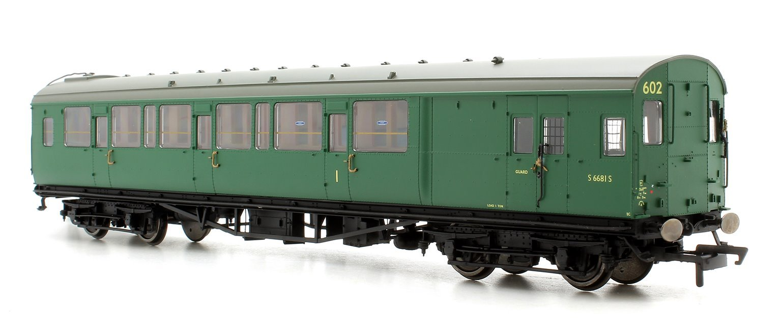Wainwright H Class 0-4-4T Late BR Train Pack - Limited Edition