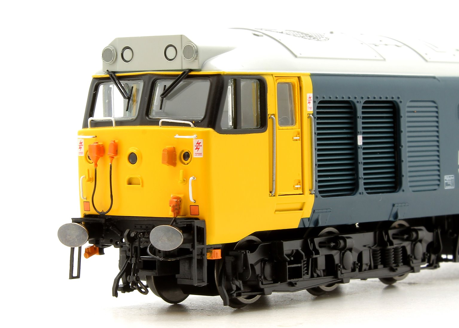 BR Blue Large Logo Class 50 040 'Leviathan' Diesel Locomotive