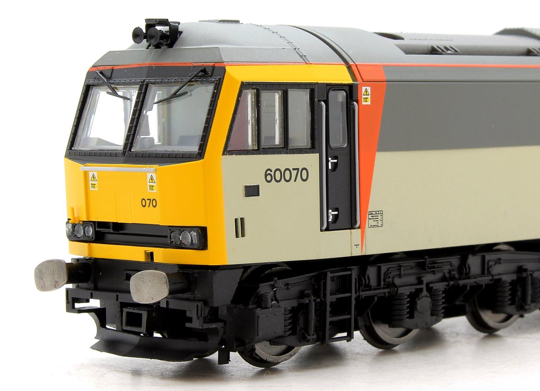 Class 60 070 'John Loundon McAdam' Loadhaul Diesel Locomotive