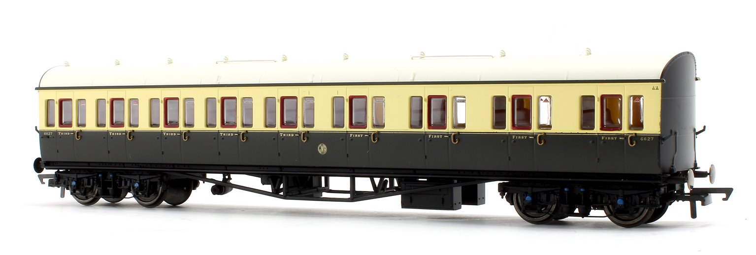 GWR Collett 57' Bow Ended E131 Nine Compartment Composite (Right Hand) 6627