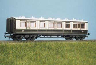 LMS (ex LNWR) Arc Roof Corridor All 3rd Coach Kit