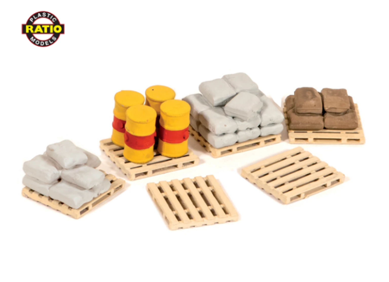 Pack of assorted pallets, sacks and barrels