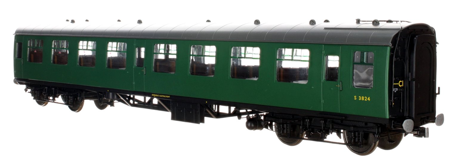 BR SR Green MK1 SO Coach No. S3824