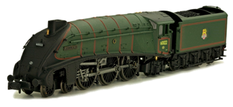 A4 Mallard 60022 BR Green Late Crest DCC Fitted
