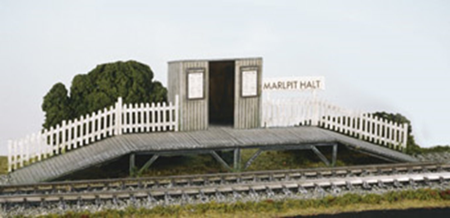 Station Halt with Waiting Room kit