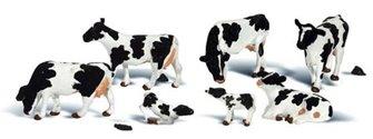 Woodland Scenics O Gauge Holstein Cows