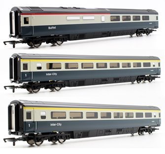 Set of 3 Hornby OO BR Blue / Grey Intercity Mk3 Passenger Coaches