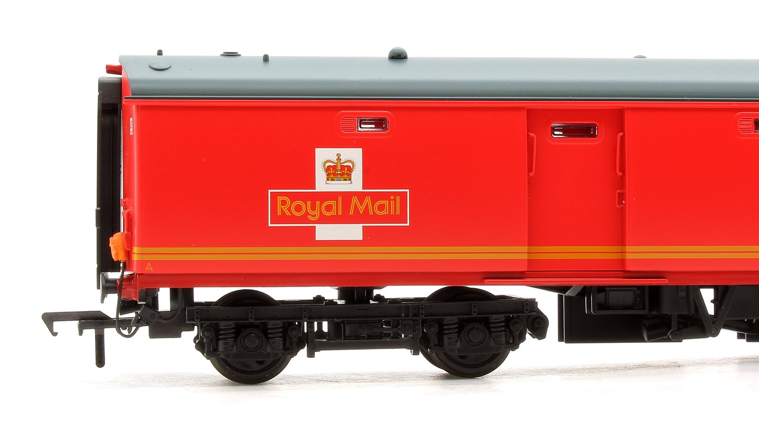 BR Mk1 POT Coach TPO Stowage Van Royal Mail Travelling Post Office Red