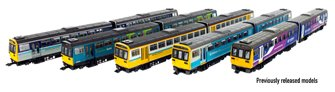 Class 142 Pacer Mock Great Western Chocolate & Cream 2 Car DMU No.142022 DCC Fitted